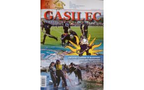 Naslovnica revije gasilec, na kateri so člani A PGD Kanal.