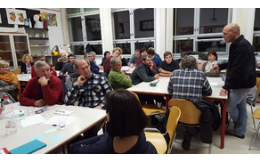 Udeleženci so po omizjih razpravljali o težavah, s katerimi se soočajo, in iskali rešitve, kako bi jih lahko v prihodnje z razvojno strategijo občine odpravili.