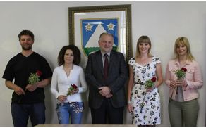 Srečanje diplomantov občine Kobarid z županom Robertom Kavčičem. Foto: Tanja Skočir