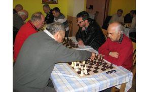 OT v hitropoteznem šahu - posamezno so se iz DI Slovenj Gradec udeležili: Berhtold Franc, Rutnik Bernard in Barl Ivan
