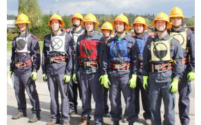 Desetina člani A PGD Zagradec pri Grosupljem na letošnjem občinskem gasilskem tekmovanju.