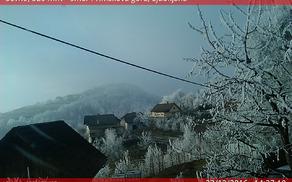 Malce zimske pokrajine je decembra pričaralo edino ivje.