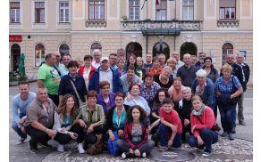 Skupinska slika na Trgu Evrope v Novi Gorici