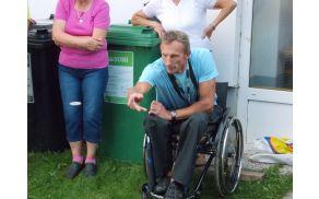 Lojze Jeromel na vozičku je tudi aktiven športnik