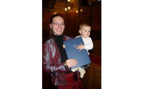 Mojca Muznik s hčerko. Foto: osebni arhiv Mojce Muznik