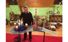 Marjan Česen, mojster oblikovanja stekla in izdelovanja adventnih venčkov (foto: M