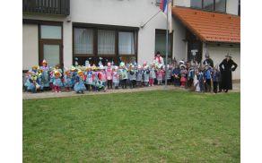 Maškare pred vrtcem v Gabrovki