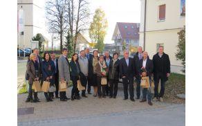 Tržiški župan in ravnatelj OŠ Bistrica pri Tržiču s kolegi župani in ravnatelji na srečanju v Preddvoru (foto Media butik)