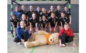 Ekipa mlajših deklic DRŠAM, državne prvakinje