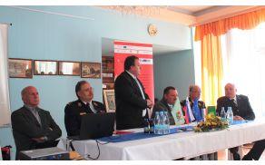 Župan Branko Petre med ocenjevanjem opravljenega dela
