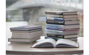2_knjige.jpg