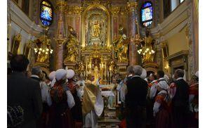 Nadškof Stanislav Zore je blagoslovil obnovitvena dela