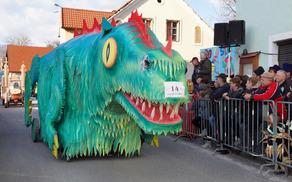 Člani PGD Nova Cerkev so ustvarili karnevalskega zmaja.
