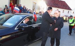 Srečanje Putina in Pahorja so predstavili člani KUD Nova Cerkev.