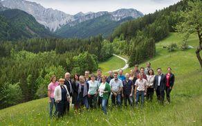 Fotografija s srečanja slovenskih in avstrijskih partnerjev v projetku, ki je bilo 24. maja v Bodentalu