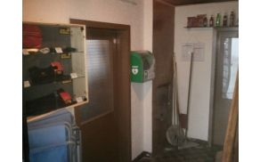 3_defibrilator.jpg