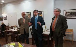 """Evropski poslanec Franc Bogovič se je sinoči srečal z udeleženci projekta """"Združene države Evrope"""" iz Subotice."""