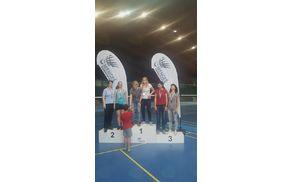 Podelitev medalj zmagovalkam ženskih dvojic