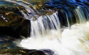 5825_1542353969_l_waterfall-236924_1280.jpg