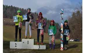 Špela Mastnak iz Vizor je med deklicami do 13 let osvojila prvo mesto