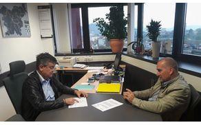 Franc Jerič, župan Občine Mengeš z Bojanom Cerkovnikom, vodjo projekta gradnje obvoznice v Občini Mengeš, o gradnji manjkajočega dela obvoznice v občini Mengeš