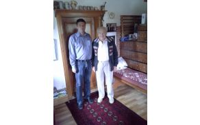 Janez Korošec z županom Francem Kramarjem. Foto: Jože Sodja