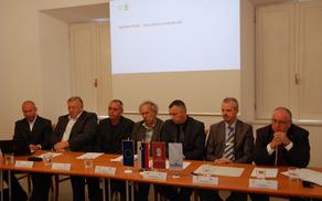 Novinarska konferenca na temo dveh kohezijskih projektov Oskrba s pitno vodo v porečju Ljubljanice - 1. in 2. sklop