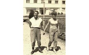 Levo Ivanka, desno Jelka.