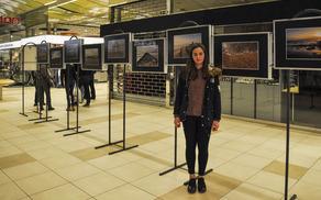 Urška na odprtju razstave