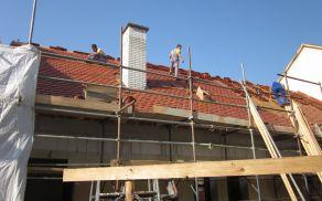 Obnova strehe male dvorane in društvenih prostorov