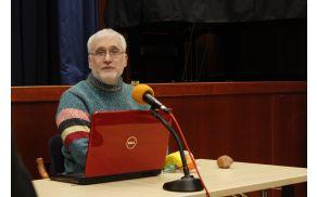Predavanje je vodil Zvezdan Pirtošek