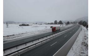 avtocesta-ograja-dars-sneg-20121.jpg