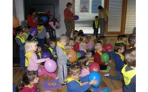 Interaktivna igrica Baloni z Mašo Čibej in Jano Humar