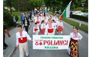 Parada folklornih skupin na Bohinjski Bistrici. Foto: Mitja Sodja