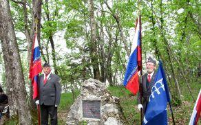 Spomenik 2. četi Bataljona Ljuba Šercerja na Malem Srebotniku (vir: Peter Palčič)