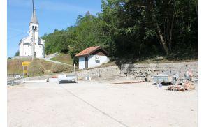 Prostor, kjer je nekoč stala Borjanska šola dobiva novo podobo. Foto: Nataša Hvala Ivančič
