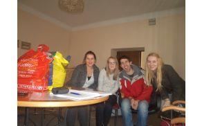 Člani izvršilnega odbora Mladinskega društva Nova  Cerkev