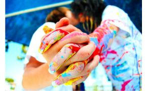 color-colorful-couple-kiss-paint-favim.com-133715.jpg