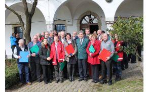 V petek, 4. marca 2016, je na dvorcu Zemono potekala regijska podelitev priznanj civilne zaščite pripadnikom njenih enot s severne Primorske. Nagrajenci so prejeli tri zlate oznake, sedem srebrnih in 16 bronastih. Foto: Marko Lavrenčič