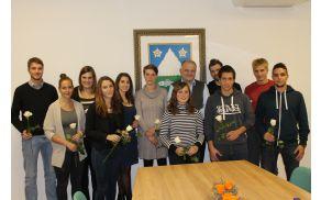 Oktobrsko srečanje diplomantov občine Kobarid z županom Robertom Kavčičem. Foto: Nataša Hvala Ivančič