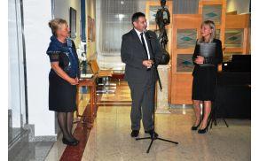 Strokovna direktorica ZD Sevnica Alenka Krenčič Zagode, župan Srečko Ocvirk in direktorica ZD Sevnica Vladimira Tomšič