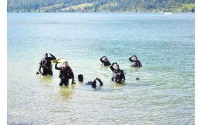 Skupina bohinjskih potapljačev. Foto: Mitja Logar