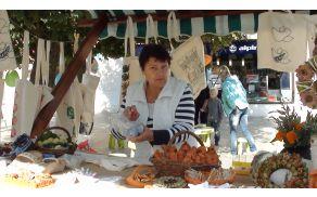 Izdelke smo predstavile na stojnici ob Dnevu ljubiteljske kulture konec septembra v Slovenj Gradcu.