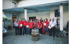 Člani Društva vinogradnikov Mirna Peč, prejemniki priznanj, so se tudi letos odlično izkazali.