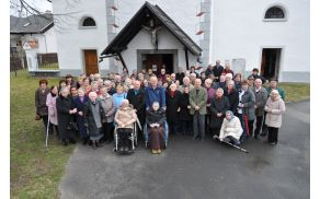 pred cerkvijo