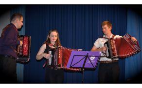 Trio harmonik glasbene šole Polton - Tomaž Jemec, Katja Zore in Lenart Gerčar