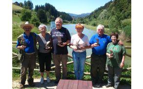 Prejemniki pokalov na tekmovanju v ribolovu s plovcem