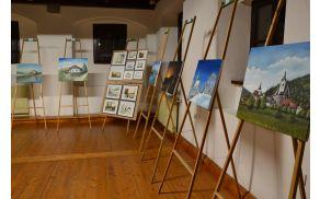 Grajske stene krasijo slikarska dela domačina.