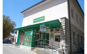 Hranilnica in posojilnica v Vipavi