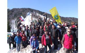 V podporo našim orlom smo ponosno dvignili tudi frankolovsko zastavo